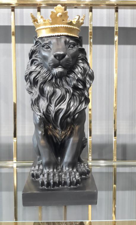 Figura lew czarny