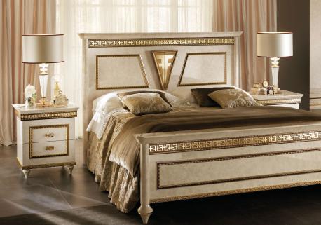 Włoskie łóżko King Size...
