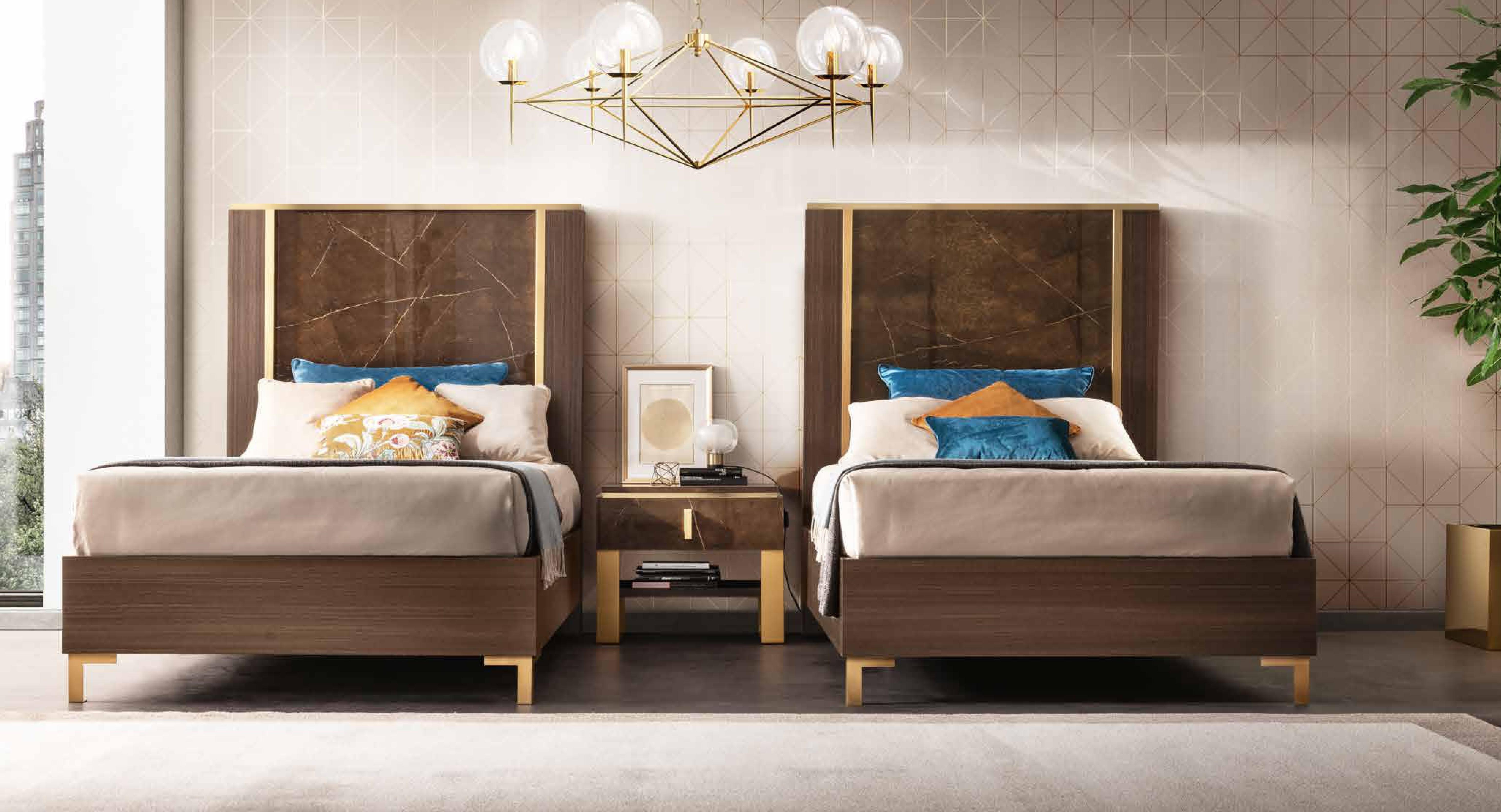 Włoskie łóżko Essenza...