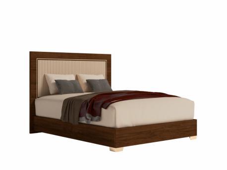 Włoskie łóżko tapicerowane...
