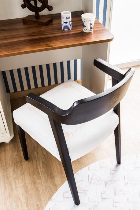 Krzesło Admirał